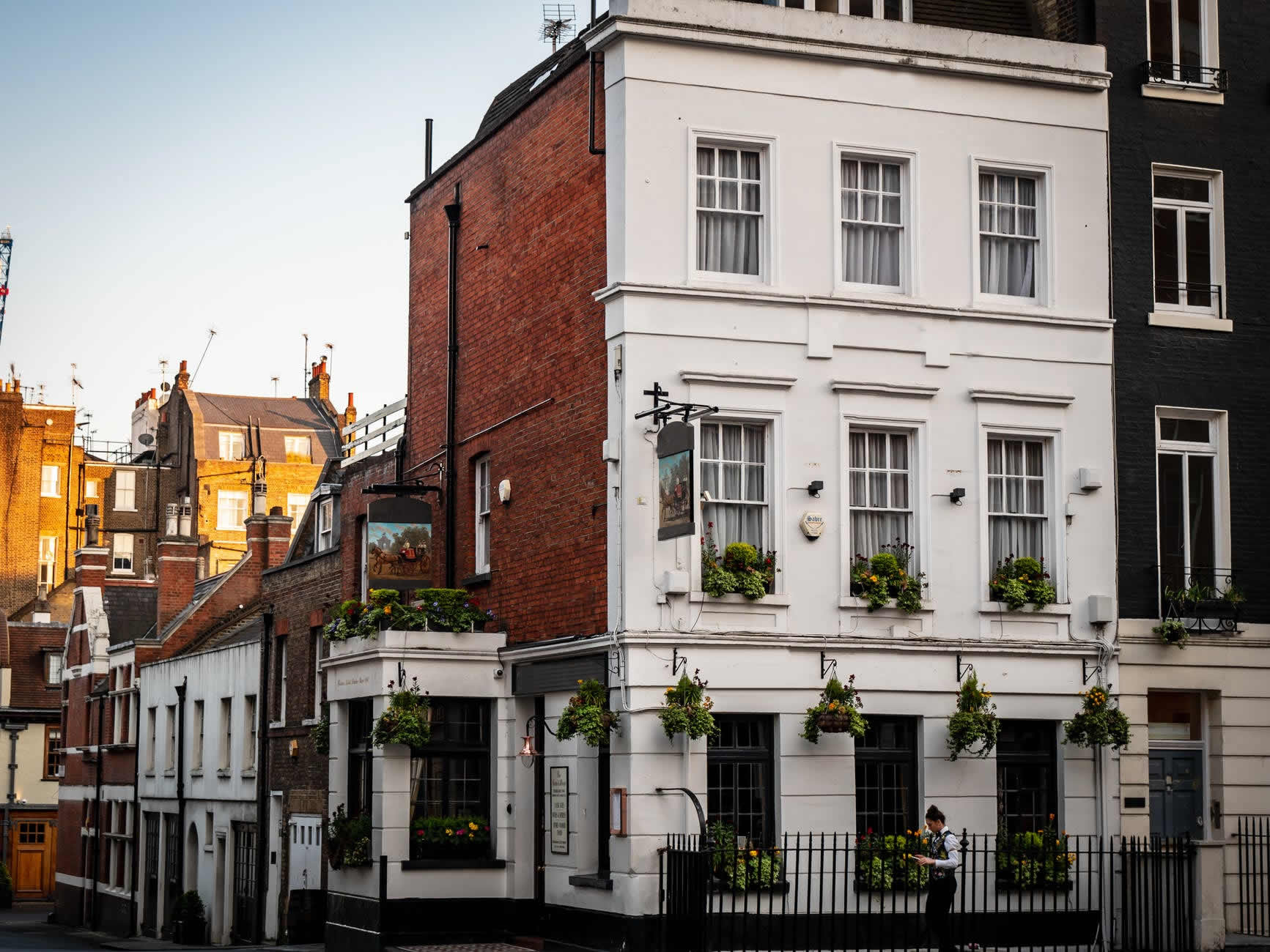 Finance To Redevelop Flats Above A Pub In Reading One 77